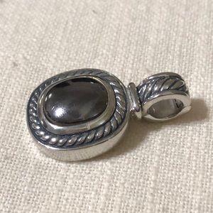 Jewelry - Silver pendant - no chain